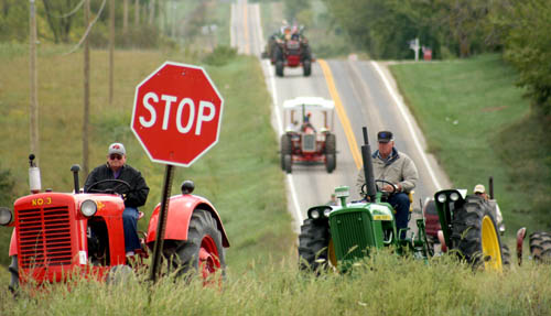 Tractor parade through Jefferson County