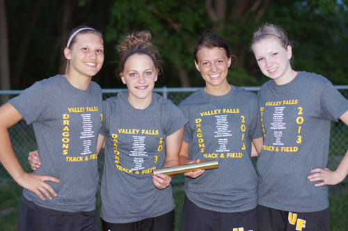 Tamara  Drinkard, Megan Harrington, Emily Nottingham, Amanda Sales
