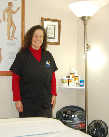 Stacie Madden offers massages through the Perry Lake Chiropractic Wellness Center.