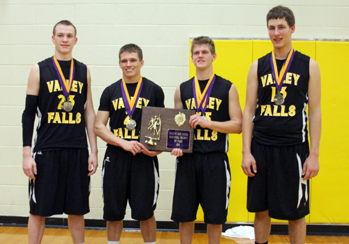All-Tournament players at McLouth were Marty Gatzemeyer, Gates Glassel, Luke Burns and Ben Gantz.